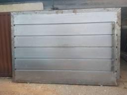 Portão e porta de Metalon na 18 + campainha e trilhos