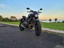 Yamaha MT07 com menos de 12mil km