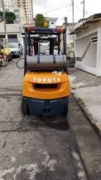 Empilhadeira Toyota Modelo 7FG25