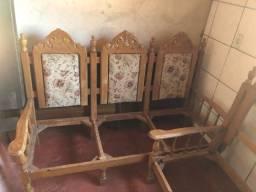 Sofá de madeira cerejeira, antigo