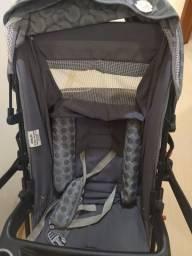 Carrinho com bebê conforto Tutti baby