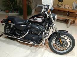 Harley Davidson Sportster 883 R.