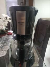 Cafeteira da marca Semp Toshiba