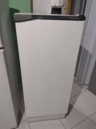Vendo geladeira cônsul 300 LT