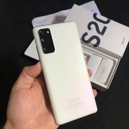 Samsung S20 FE 128GB C/ Garantia até 05/2023!!
