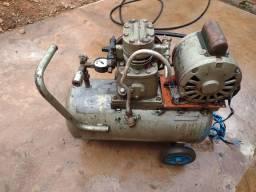Compressor 120 lb valor 500 $