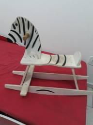 Balanço Zebra
