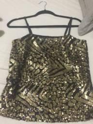 Blusa com lantejoulas tamanho p veste m NOVA marca toli 25 reais