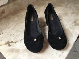Lindo par de sapatos