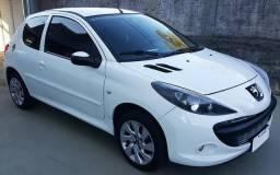 Peugeot 207 FILÉ - 2013