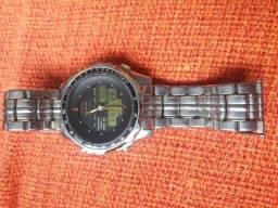 9cd66d662e0 Relógio antigo citizen c080 world time leia a descrição