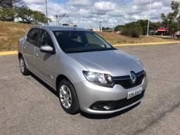 Renault Logan 1.6 Expression Automático 2015 - 2015