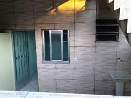 Alugo casa 1 quarto Nova vila família a 200 metros Parque de Madureira longe de morros