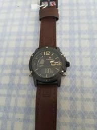 23d990a28dc Relógio Masculino Esportivo Militar Couro Naviforce Original