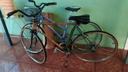 Duas bicletas