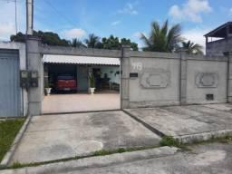 Casa na Nova Dias D'ávila com 4/4 (suíte e Ar) com armários, cozinha completa e área