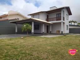 Casa Residencial para locação 03 Dormitórios mobiliada, Campeche, Florianópolis.