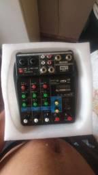 troco Mesa de som e interface de áudio 4 canais