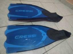 Nadadeira de mergulho - Pouco Usada - Produto importado da Itália - Tamanho 43/44