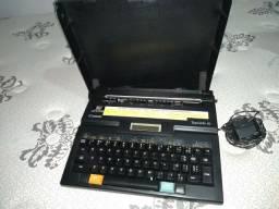 Máquinas de escrever para doação