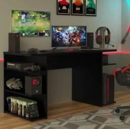 Mesa e escrivaninha