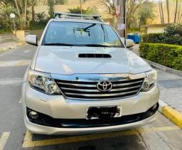 Toyot Hilux sw4