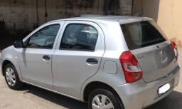 Etios Toyota X 1.3 Flex 16v 5 portas Mec - Novissimo