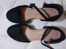 Sapato bebecê tamanho 35