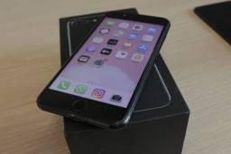 iPhone 7 Plus na caixa