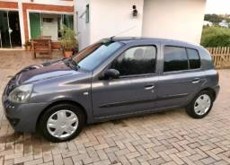 Renault Clio 1.0 Cinza basic.