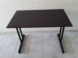 Escrivaninha toda preta tipo mesa/escritório preço  especial semana