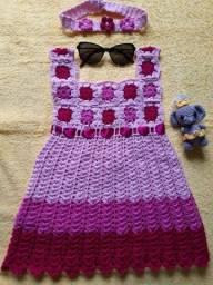 Vestido infantil + tiara em crochê