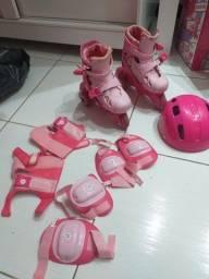 Patins feminino infantil semi novo