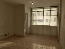 Alugo centro Salão 42m2 ante sala, cozinha, Banho