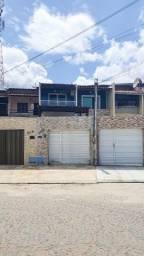 Excelente Casa Duplex na Região da Maraponga!