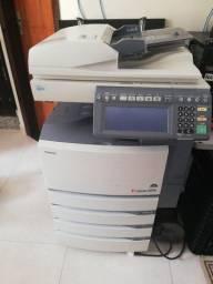 Multifuncional A3, Toshiba 351 C, a laser, colorida
