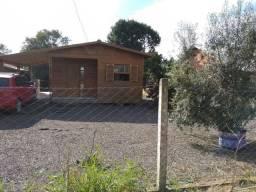 Casa em condomínio fechado, beira da RS 040, Velleda oferece