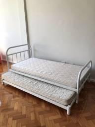 Cama de solteiro e cama extra