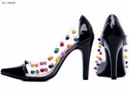 Sapato Scarpin, Material: Verniz e Vinil