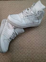 Tênis basquete Adidas número 42br
