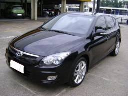 Hyundai i30 2.0 Gasolina Manual - ano 2012 cor preto