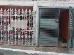 Casa no telegrafo  prox. a apedro alvares Cabral