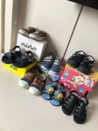 Calçados para menino tamanho 22