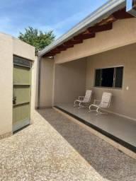 Casa para Venda em Caldas Novas, Estância Itaguaí, 4 dormitórios, 2 suítes, 1 banheiro, 1