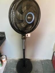 Vendo 2 ventiladores de pé.