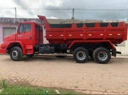 caminhão 1620 - ano 2015