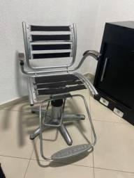 Lavatório e cadeira cabeleireiro