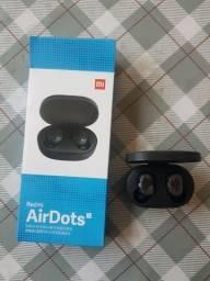 Fone de ouvidos Bluetooth.