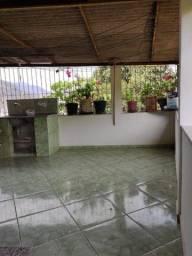 Vende-se casa duplex escriturada em Castelo/ES próximo ao posto de saúde