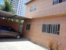 Título do anúncio: DC- Vendo excelente casa de 360m², 6 quartos e 4 vagas na Lagoa do Araçá.